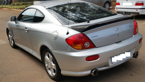hyundai hyundai tiburon 2 0 gls coupe 2003 model was sold for r35 on 13 aug at 23 46 by. Black Bedroom Furniture Sets. Home Design Ideas