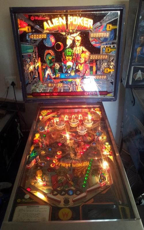 Alien Pinball Machine For Sale