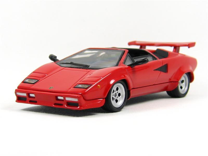 models lamborghini countach die cast model was sold for on 12 oct at 19 03 by. Black Bedroom Furniture Sets. Home Design Ideas